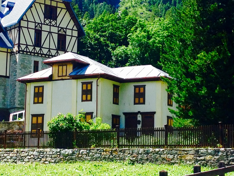 CASA IN CENTRO A GRESSONEY